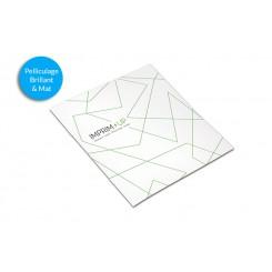 Brochure agrafée carrée 21 x 21 cm - Pelliculage - papier couché 250g + 135g